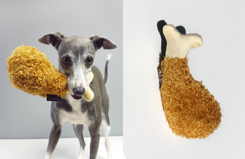 サンフランシスコから、フライドチキンの犬用おもちゃ、入荷しました。イタグレダーコのオススメです!