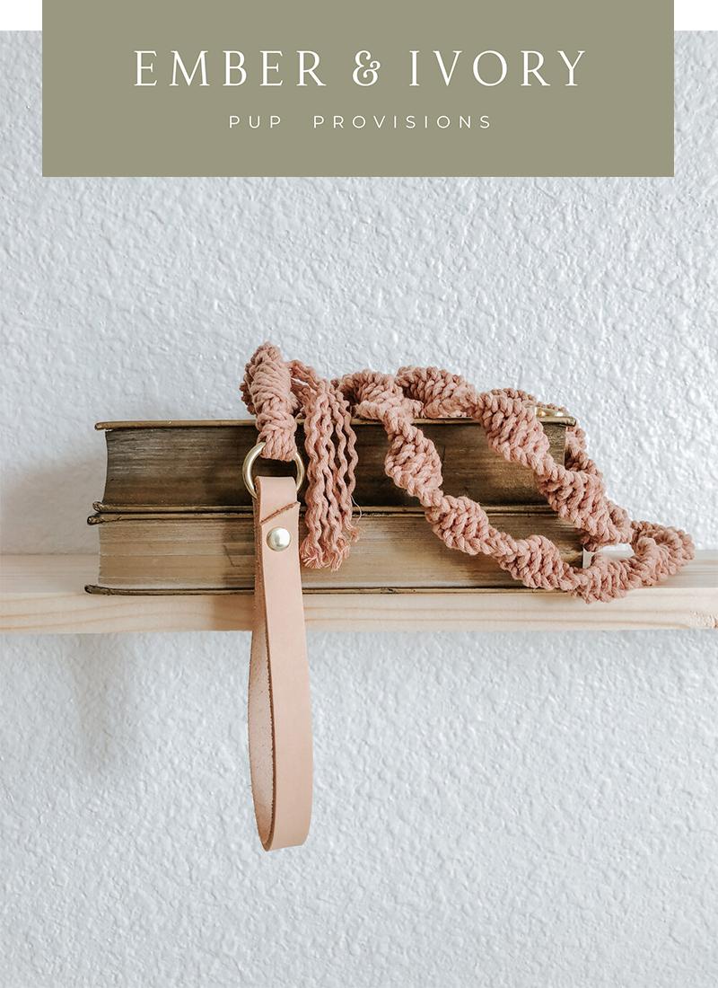 天然マクラメ編みの愛犬用リード